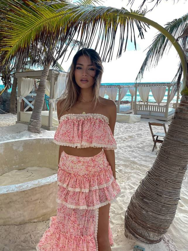 LOVE ME SUMMER - TWO-PIECE SET WITH RIBBONS AND LACE